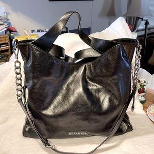 Michael Kors Devon BLK Silver Chained Handbag